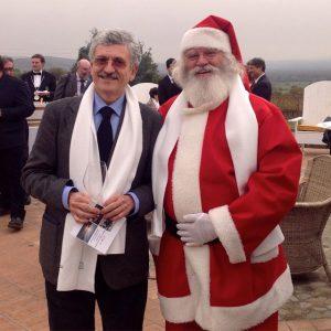 Massimo D'Alema e Babbo Natale