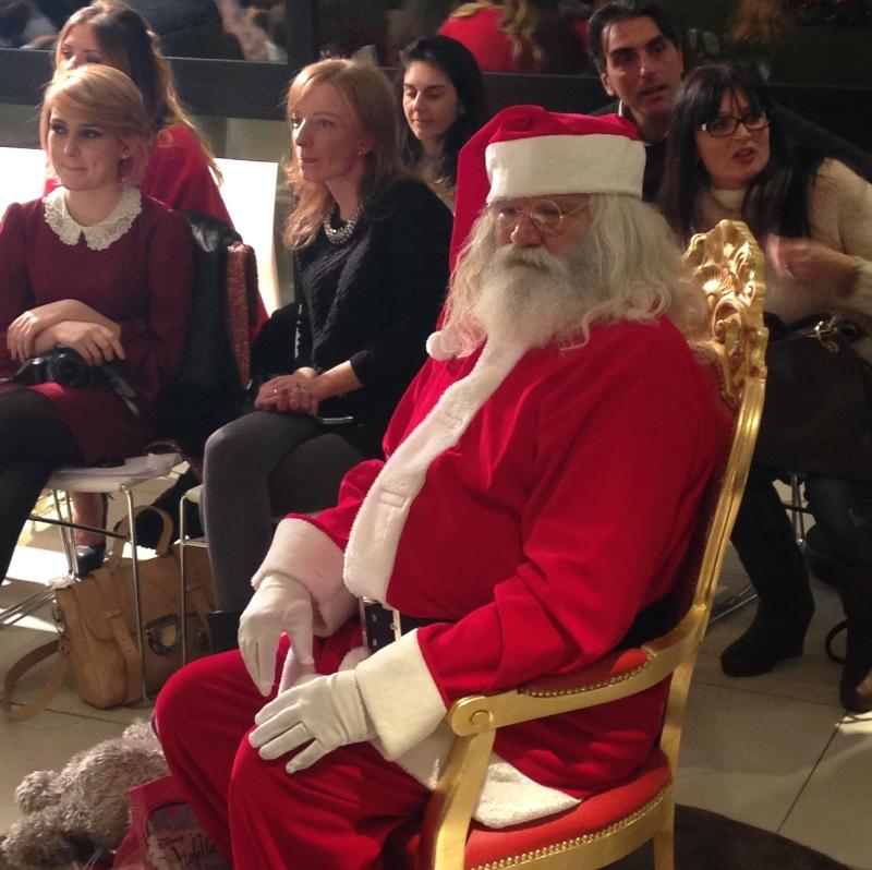 Babbo Natale sul trono