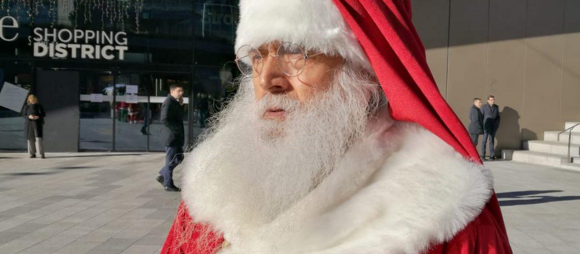 Amico Stella Canzone Di Natale.Babbo Natale Esiste Davvero E Te Lo Presento Vero Babbo Natale
