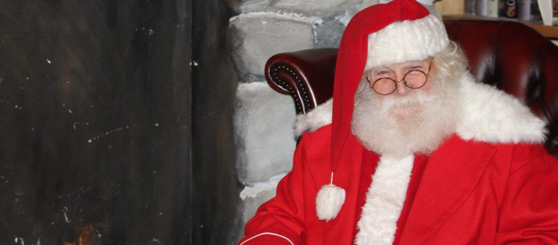 Andare Da Babbo Natale.10 Buoni Motivi Per Scegliere Un Babbo Natale Vero Vero Babbo Natale