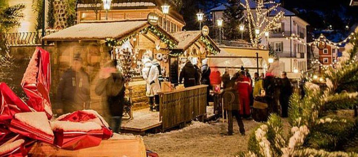 Immagini Del Villaggio Di Babbo Natale.Santa Claus Village Una Favola Da Replicare Vero Babbo